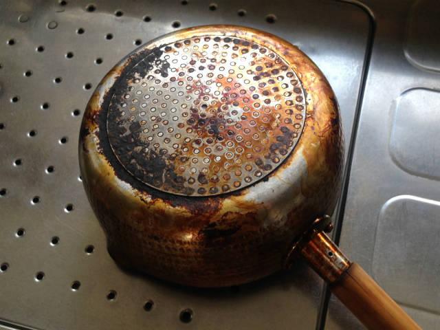 おすすめDIY工具 ディスクグラインダーで鍋を磨く
