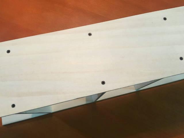 細かい工作に使える短くて小さな木ネジ|ミニビス